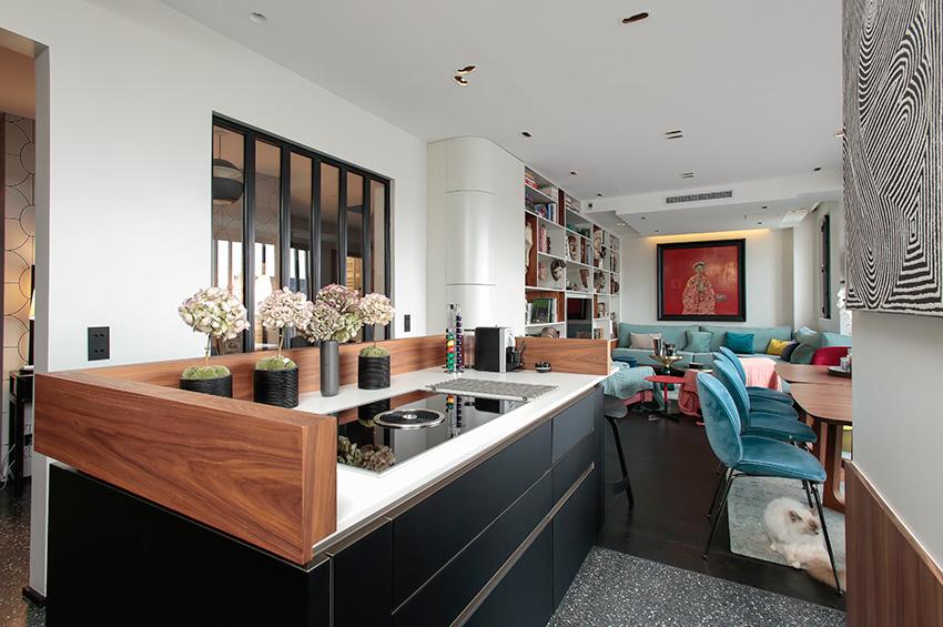 veneta arte cucine exploitation judicieuse du volume cuisines et bains. Black Bedroom Furniture Sets. Home Design Ideas