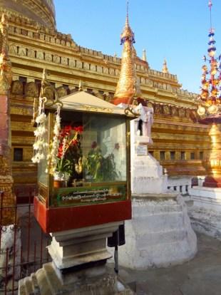 Bagan, Myanmar–Shwezigon Pagoda Offering Shrine