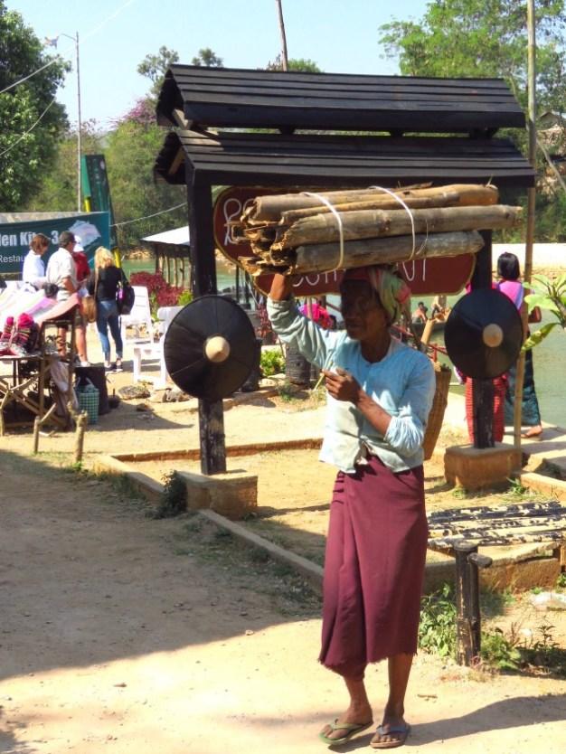 Inle Lake, Myanmar–Bundle Carrier