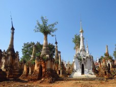 Inle Lake, Myanmar–Shwe Inn Dain Pagodas