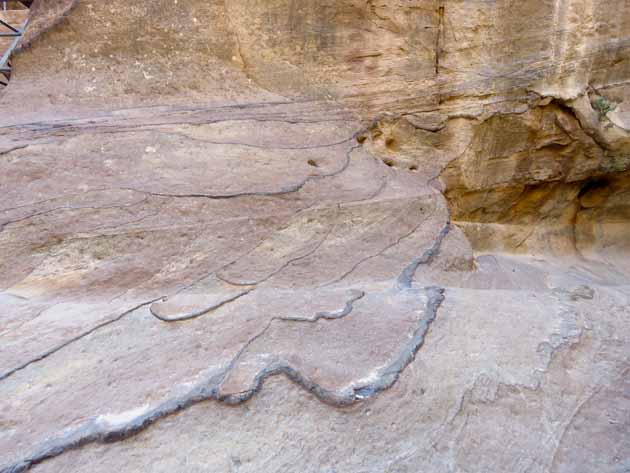 Petra–Rock Patterns
