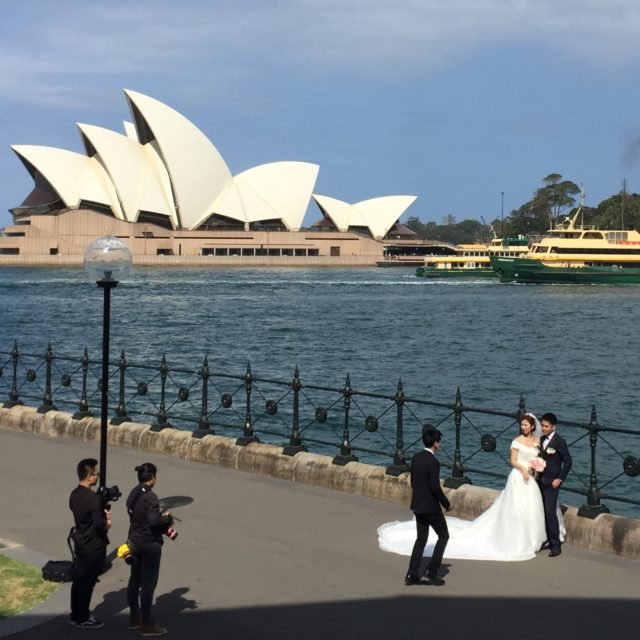 Wedding photo opp at Sydney Opera House