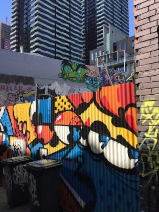 Melbourne–More street Art