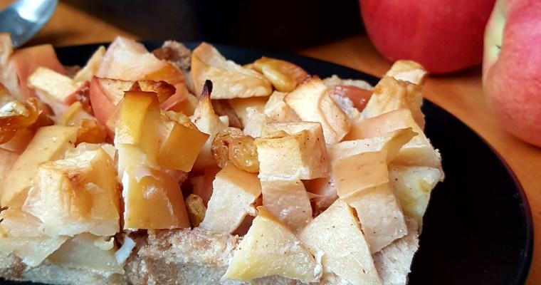 Pudding au pain complet et aux pommes