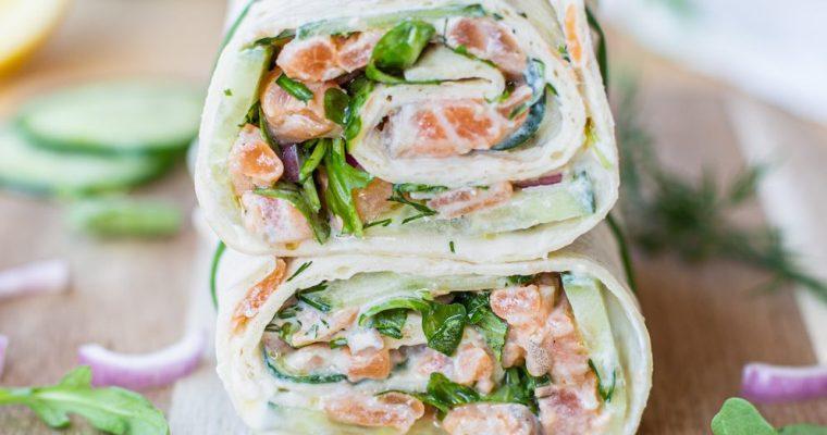 Wrap au tartare de saumon, concombre et ricotta