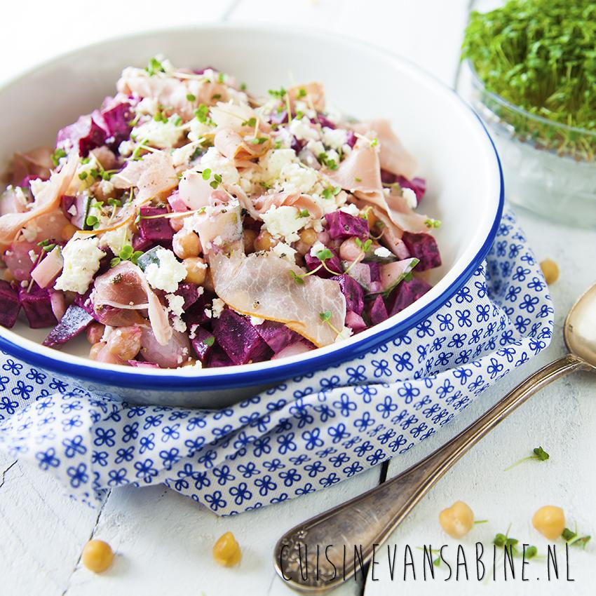 Kikkererwten bietensalade1