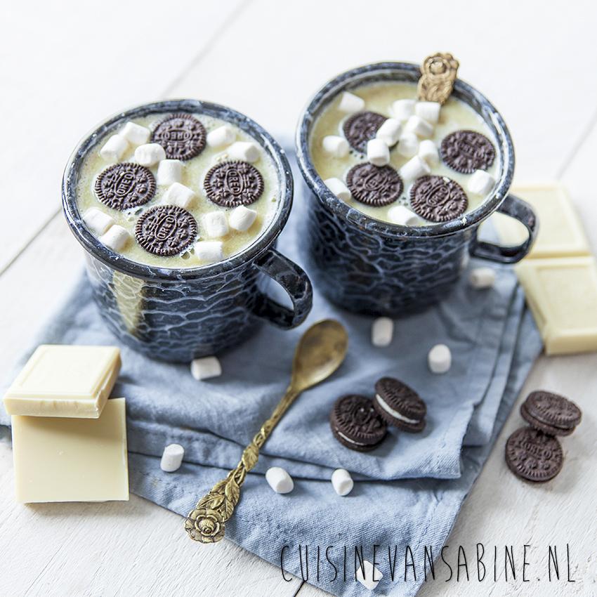 Witte chocolademelk met oreo4