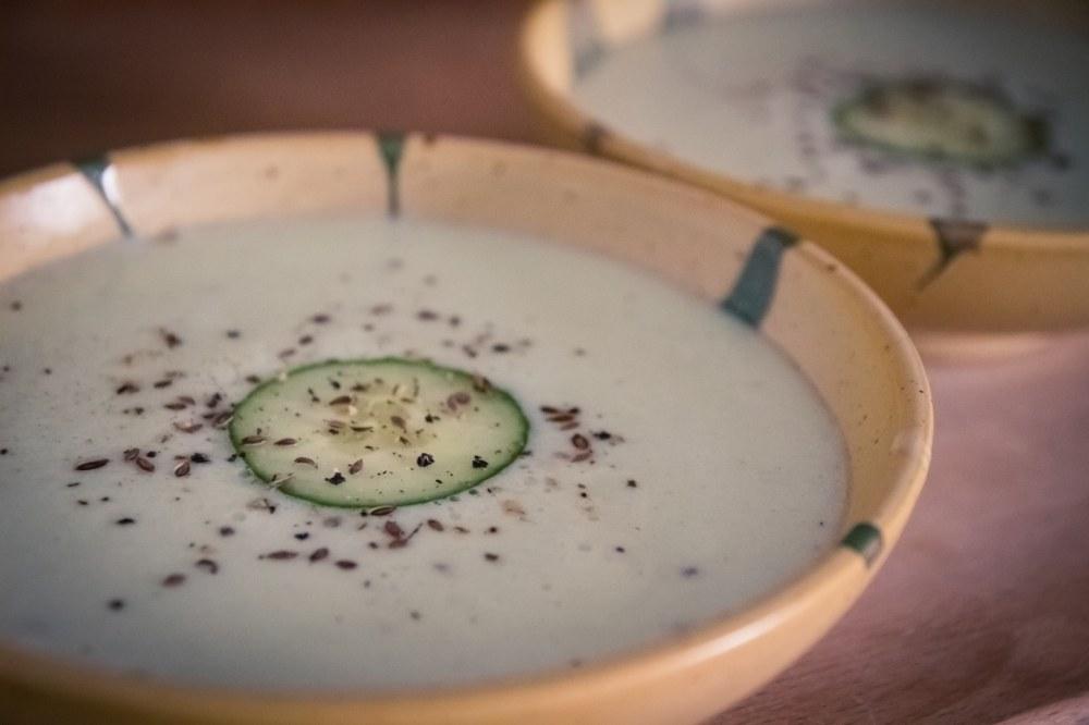 soupe de concombre végane