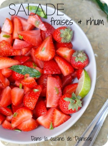 Vegan recipe : strawberry salade with rhum and lime