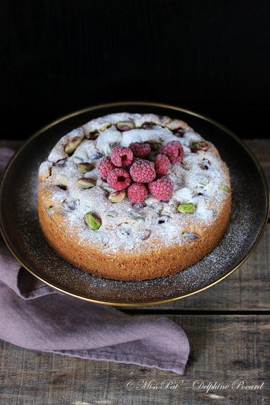 gateau-framboise-et-pistache-a-la-cardamome-blog