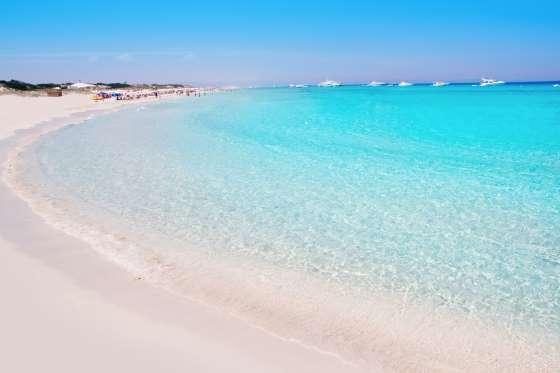 Pantai Playa De Ses Illetes, Spanyol