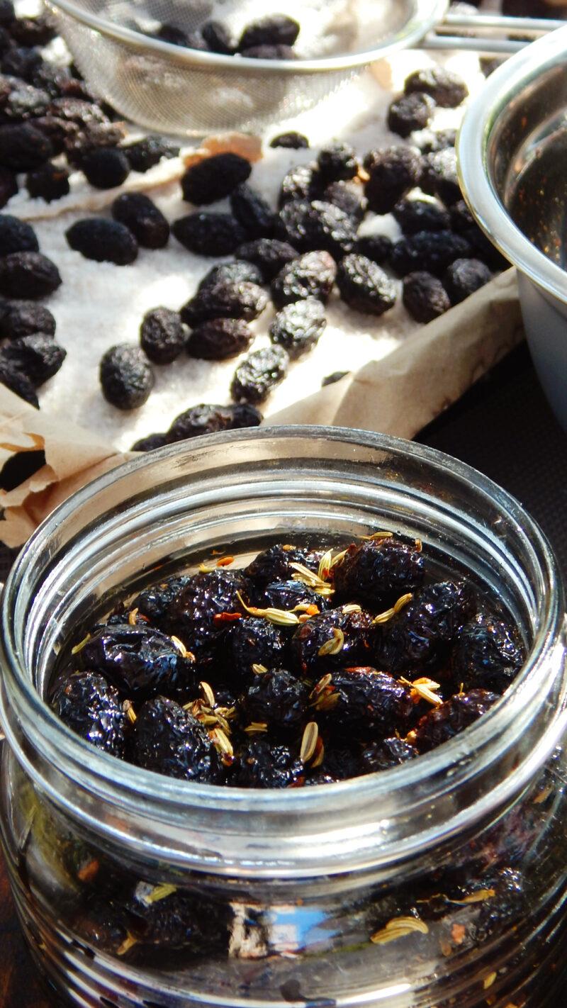 aceitunas negras griegas curar olivas