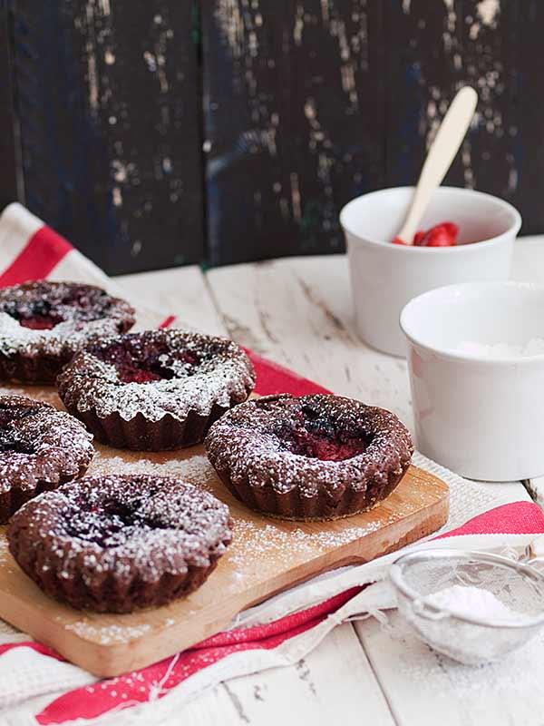 Brownie s jagodama i borovnicama