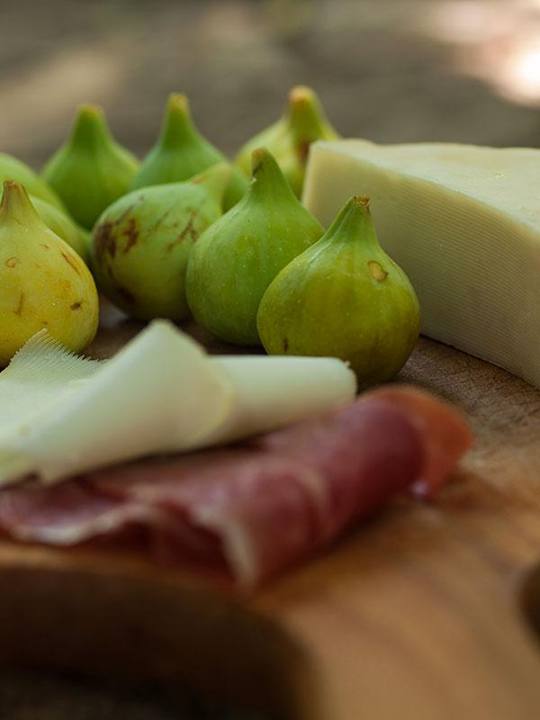 smokve, sir i pršut