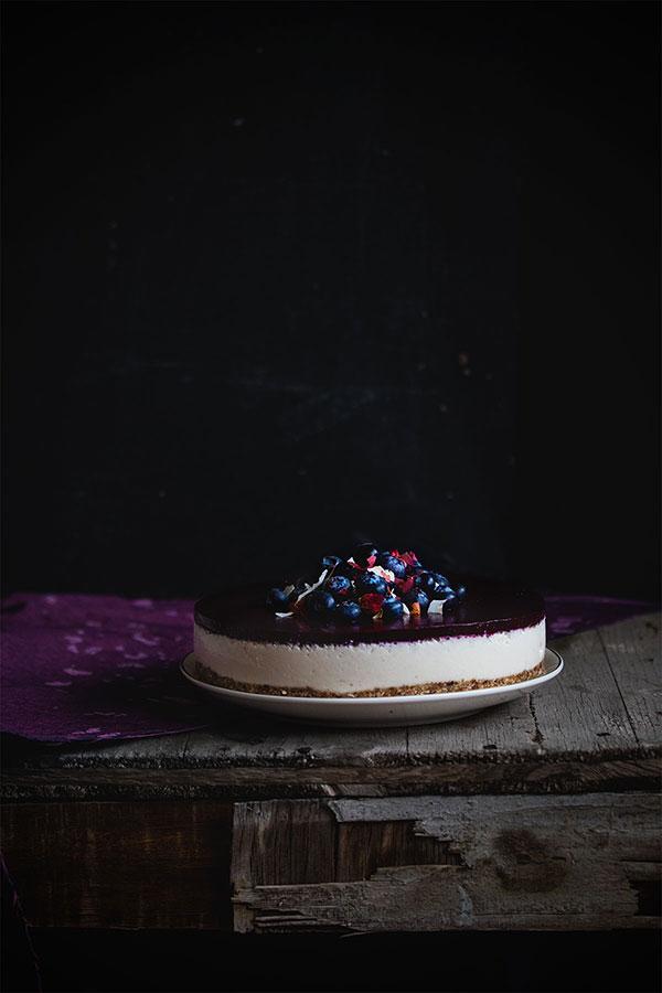 Torta od kokosa sa želeom od borovnica