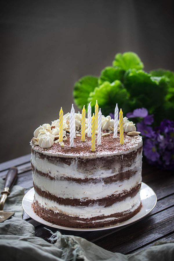 Rođendanska torta s kremomo od mascarpone sira i lješnjaka