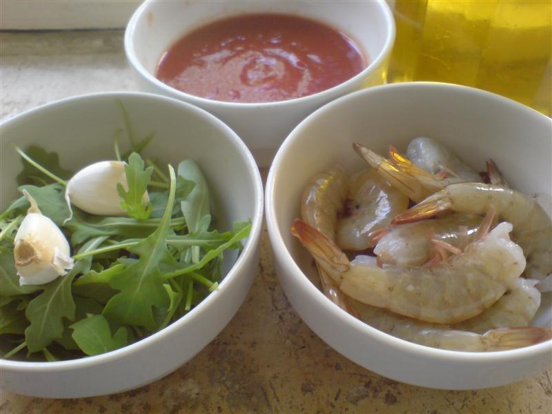 Black tagliatelle with prawns ingredients