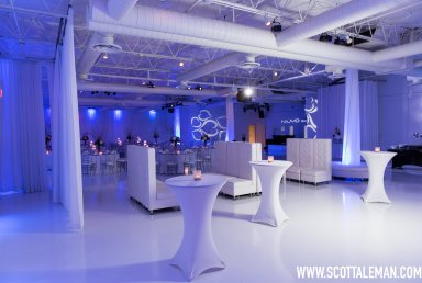 Nuvo Room