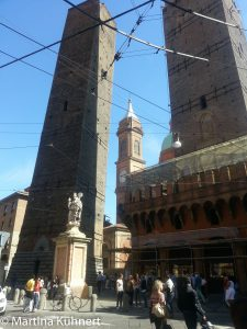 foodie map bologna, twin tower