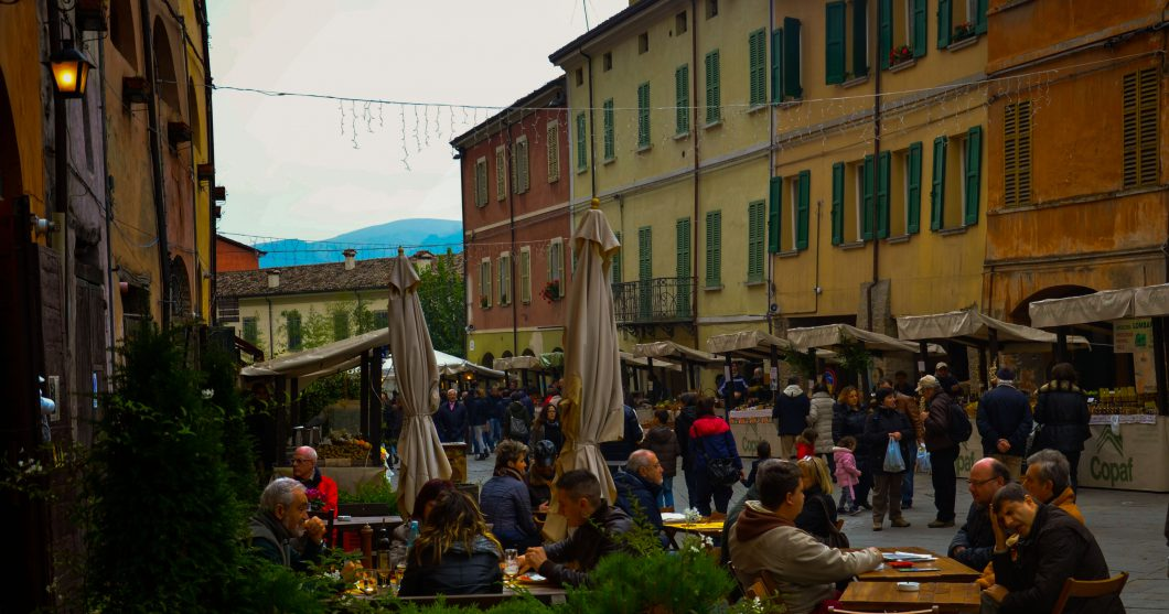 foodie tour brisighella, market