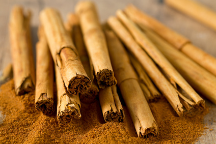 Mexican (ceylon) cinnamon sticks, image © Diana Taliun