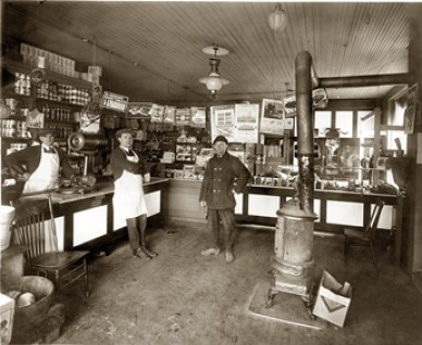 early grocery store circa 1922