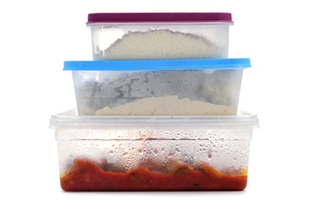 leftovers in plastic containers for fridge