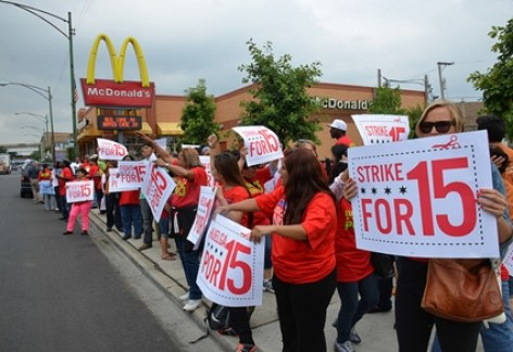 McDonald workers on strike