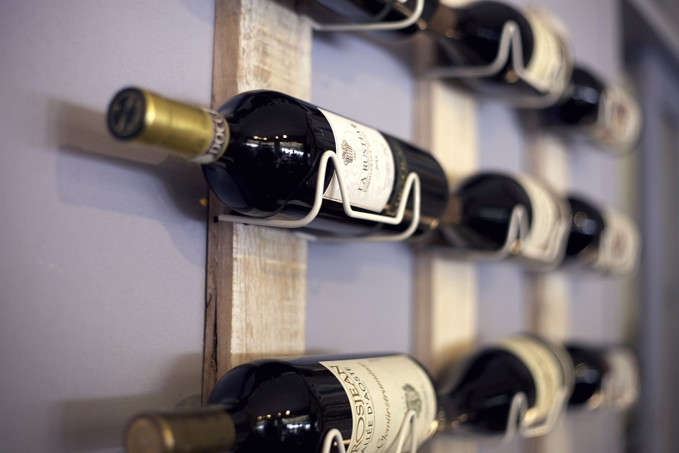 Storing wine on wall