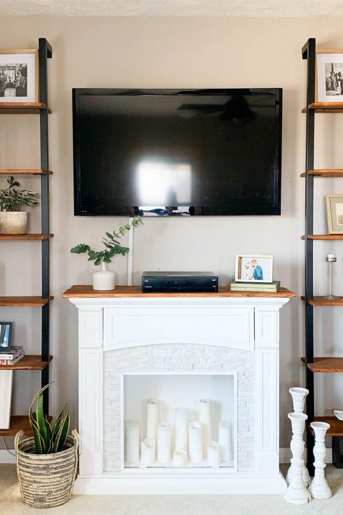 How to Build Beautiful Modern Farmhouse Shelves