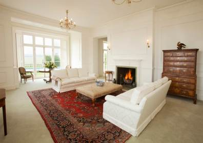 A classic country house reception room home staged by Cullum Design | London UK