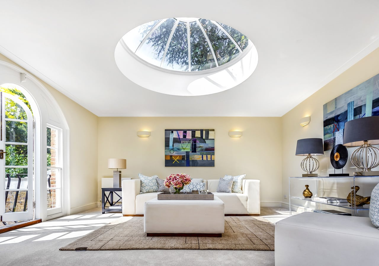 home stage: A classic contemporary Dulwich Townhouse reception room Home Staged by Cullum Design | London UK