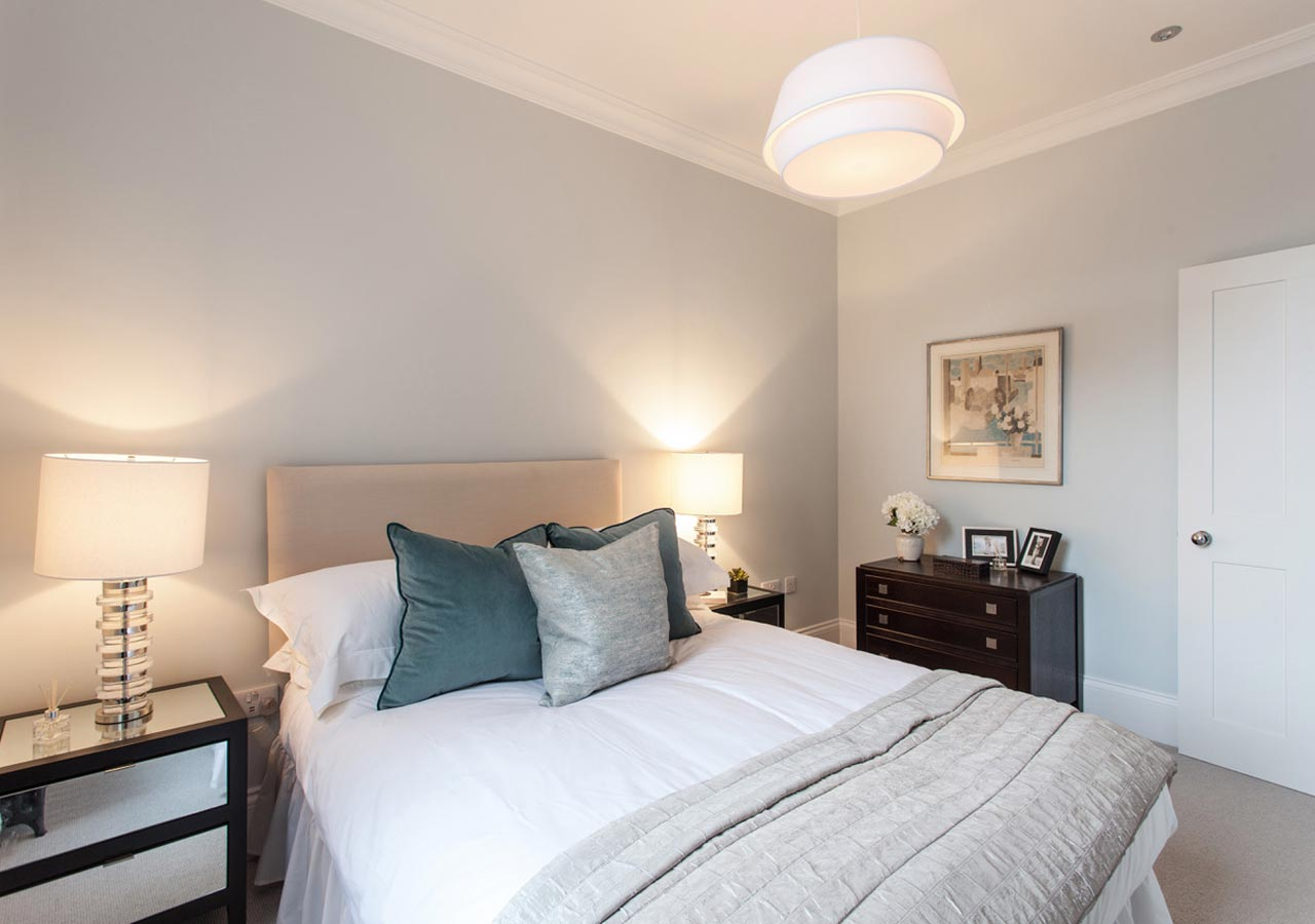 A-trendy-Hackney-flat-home-staged-by-Cullum-Design-_-London-UK-2