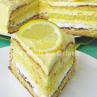 Tort de lamaie cu crema lemon curd