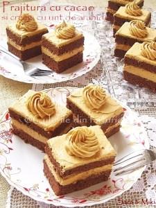 Prajitura-cu-cacao-si-crema-de-unt-de-arahide-01