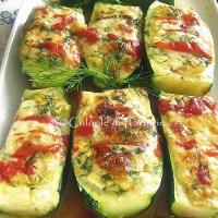 Zucchini umpluti cu crema de branza