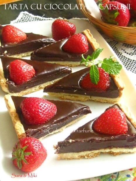Tarta-cu-ciocolata-si-capsuni-1