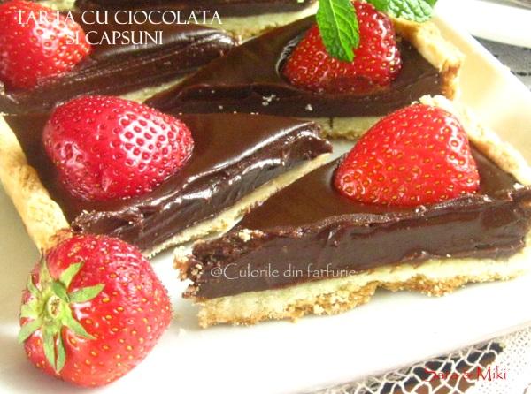 Tarta-cu-ciocolata-si-capsuni-5-1