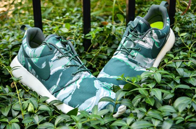 Nike Roshe Run Green Tiger Camo