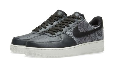 Nike air force 1 snake skin