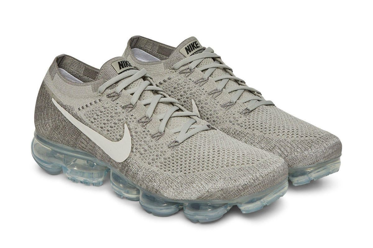 Nike Air VaporMax Flyknit Pale Grey