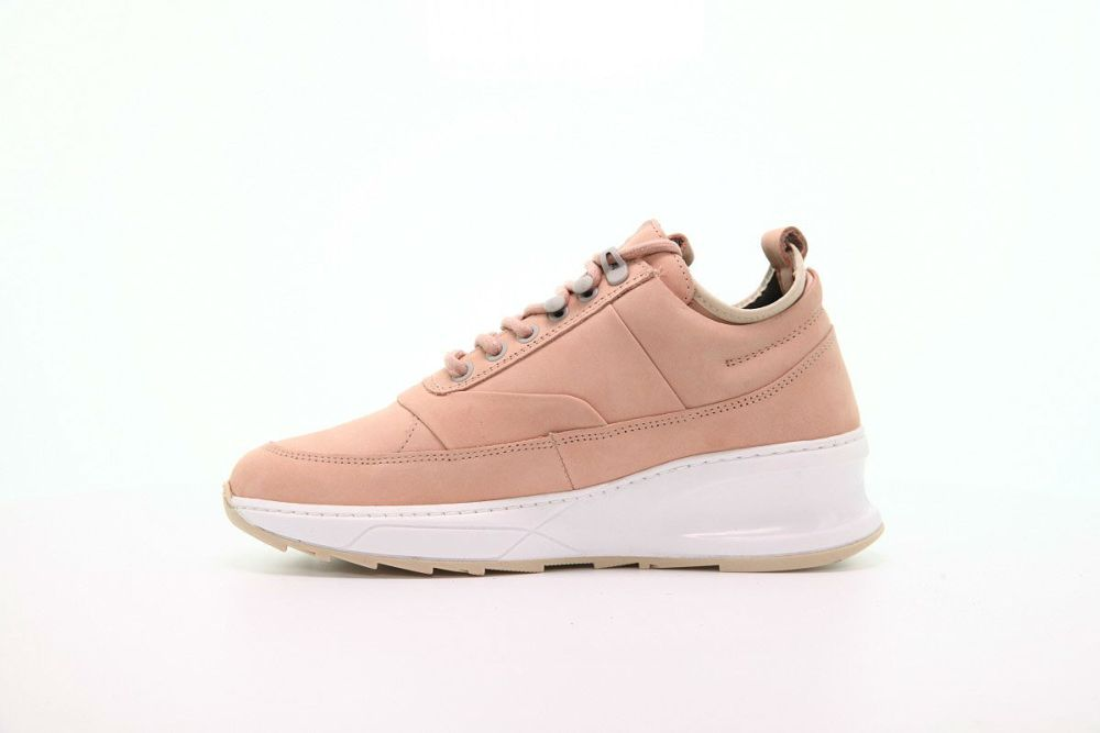 "WMNS LOW FIELD BOOT SHARK ""TSAATAN NUDE"""