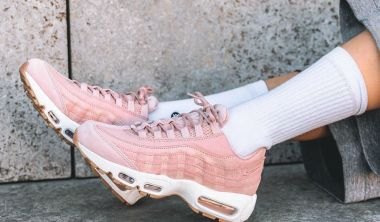on feet nike air max 95 pink