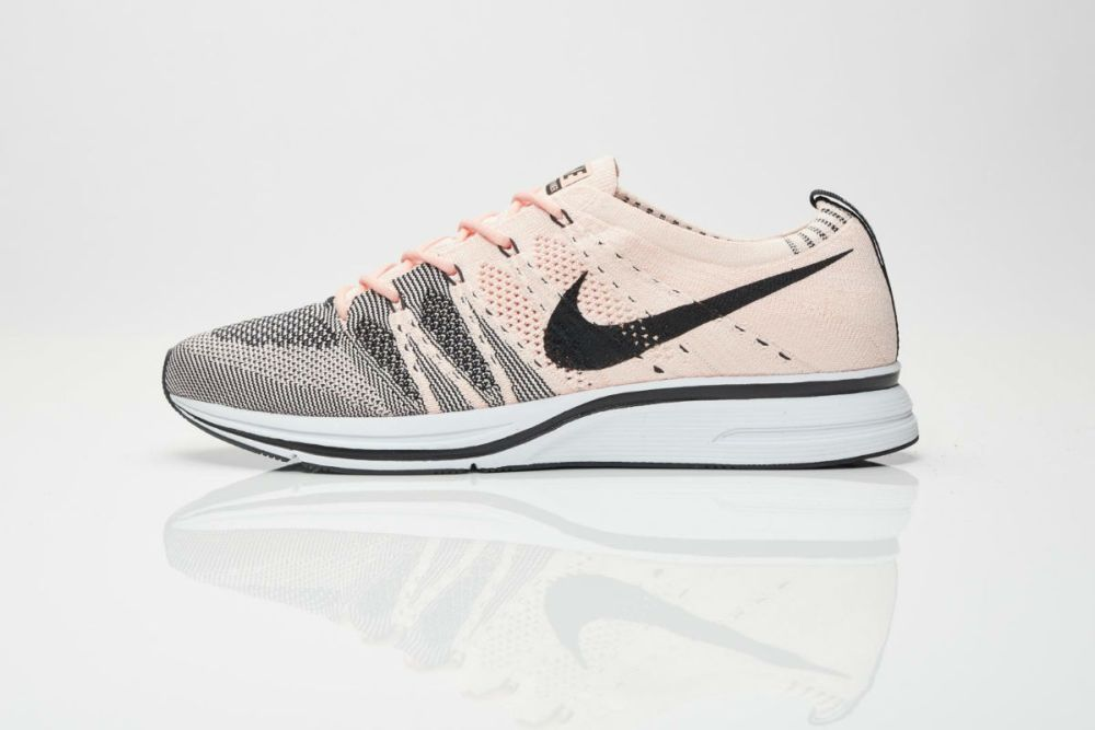 Nike Flyknit Trainer Sunset Tin