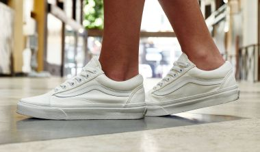 vans old skool white on foot