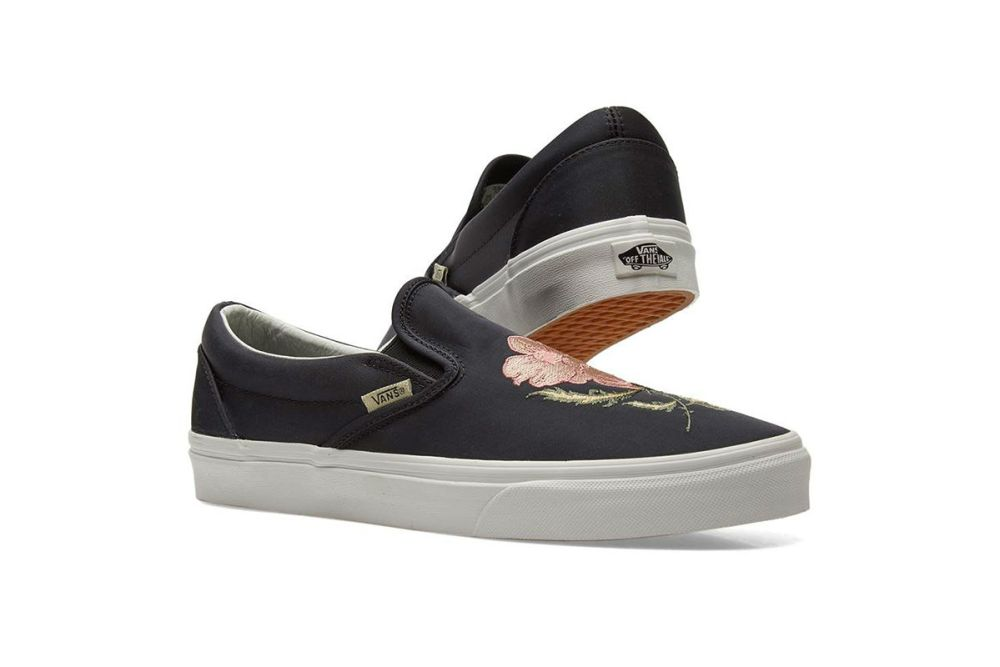 vans classic slip on dx souvenir black