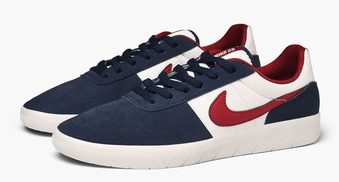Nike SB Team Classic obsidian team red