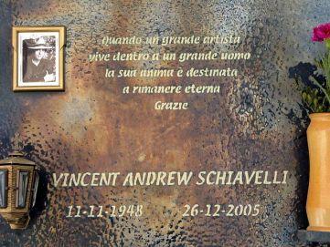Vincent_Schiavelli_tumbstone_in_Polizzi_Generosa_Sicily_small