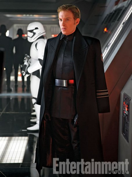 star-wars-force-awakens-picture-hux