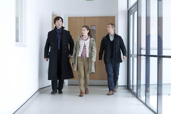 Sherlock-The-Reichenbach-Fall--promo-pics-batch(6)
